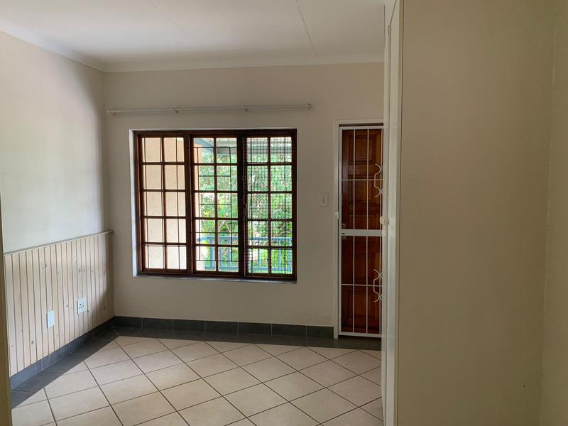 Property For Sale in Waterkloof, Pretoria 11
